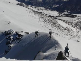 Esqui de travesía por Peña Sagra